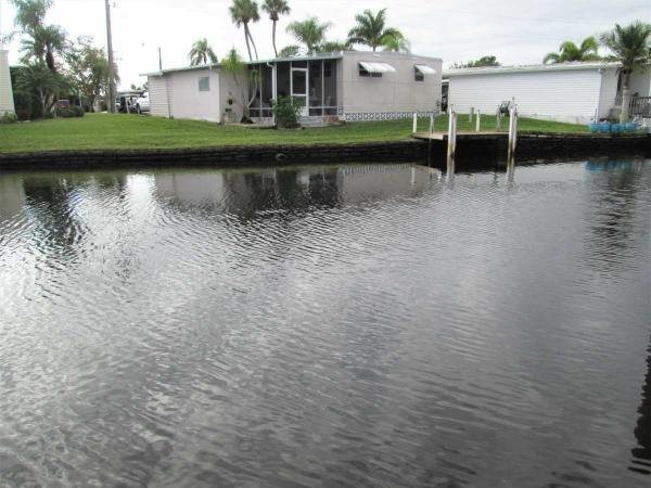 Mobile Home at 21 Channel Lane, Fort Myers, FL
