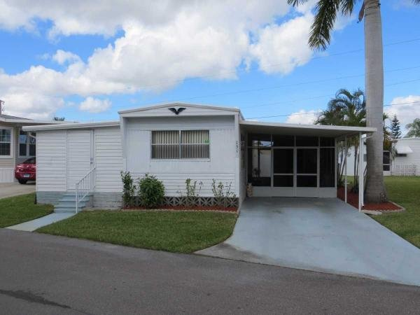 Mobile Home at 151 Sun Circle, Fort Myers, FL