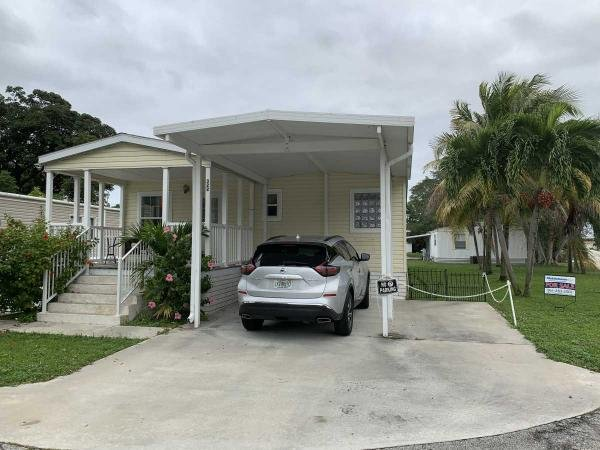 Mobile Home at 322 Summer Circle , Palm Beach Gardens, FL