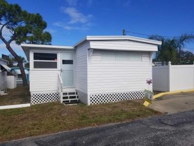 Mobile Home at 11630 Hamlin Blvd. Lot 208 Largo, FL 33771