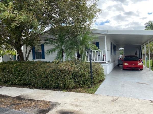 Mobile Home at 29 Jasmine Lane, Davie, FL