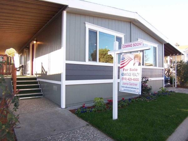 Mobile Home at 29421 Sandburg Way, Hayward, CA