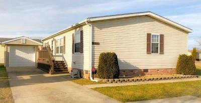 Mobile Home at 24813 Chinook Ct Flat Rock, MI 48134