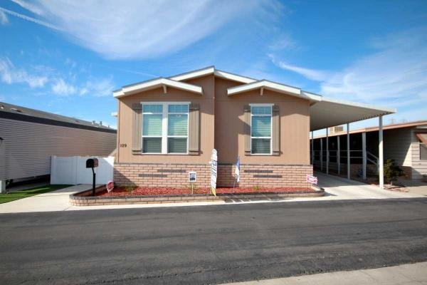 Mobile Home at 19361 Brookhurst, #109, Huntington Beach, CA