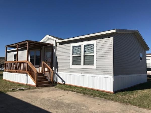 Mobile Home at 2300 Ward Bend Rd #445D, Sealy, TX