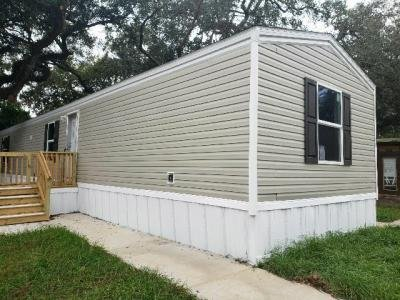 Mobile Home at 105 Sycamore Lane Tampa, FL 33610