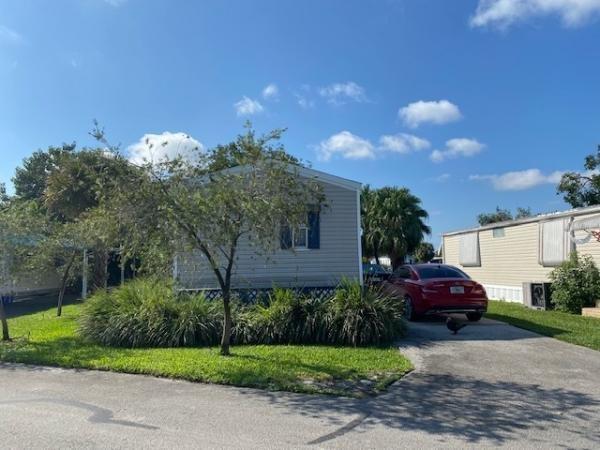 Mobile Home at 3161 SW 50th Terrace, Davie, FL