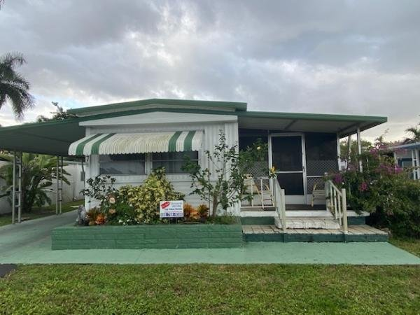 Mobile Home at 10550 W State Road 84 Lot 377, Davie, FL
