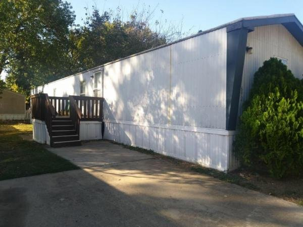 Mobile Home at 402 E HWY 121 #692, Lewisville, TX