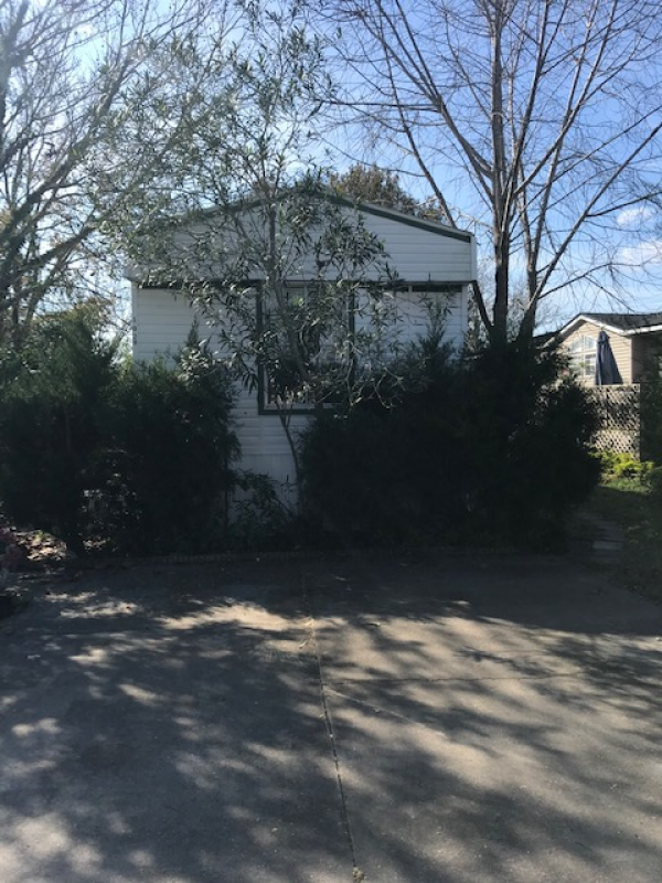 Mobile Home at 13804 Admiralty Lane West, Jacksonville, FL