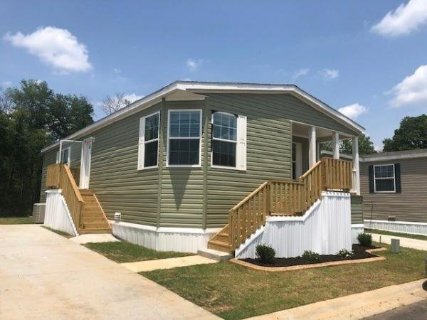 Mobile Home at 54 E. Cardinal Lane, Lawrenceville, GA
