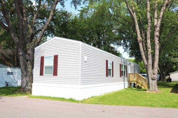 Mobile Home at 16962 Kenrick Ave W, Lakeville, MN
