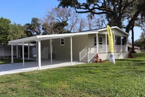 Mobile Home at 1703 Magnolia Ave, Lot #A-00, South Daytona, FL
