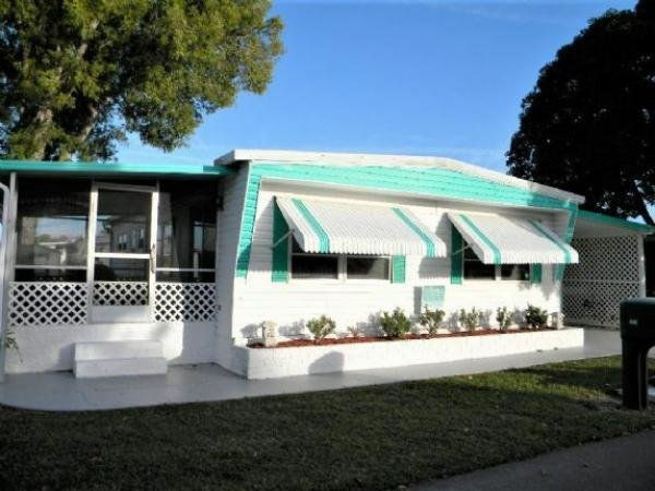 Mobile Home at 12621 Plumosa Drive, Fort Myers, FL