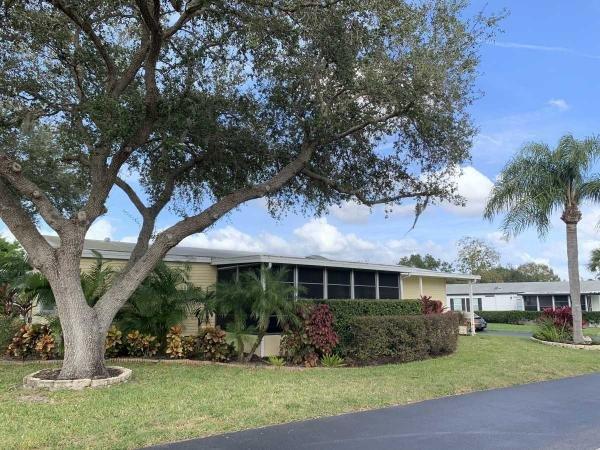 Mobile Home at 5384 Grasmere Lane, Sarasota, FL