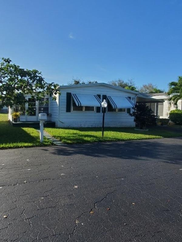 Mobile Home at 6741 NW 44th Way T-11, Coconut Creek, FL