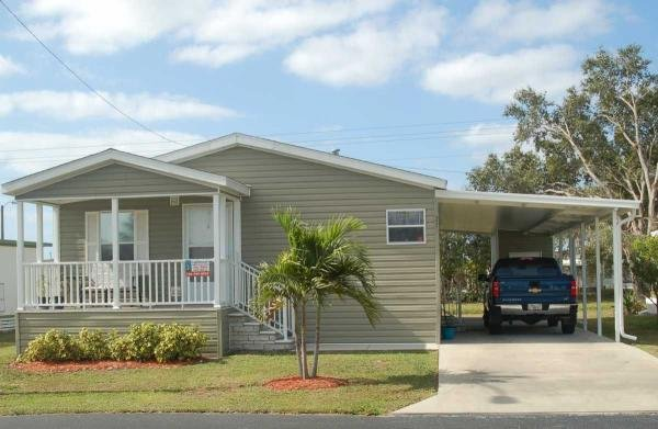 Mobile Home at 215 Sonnet Lane, North Fort Myers, FL