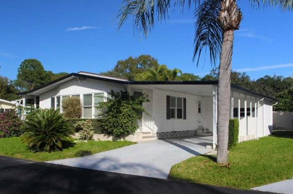 Mobile Home at 5301 Furness Cir, Sarasota, FL