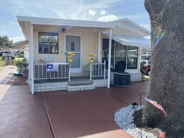 Mobile Home at 37532 Family Lane, Zephyrhills, FL