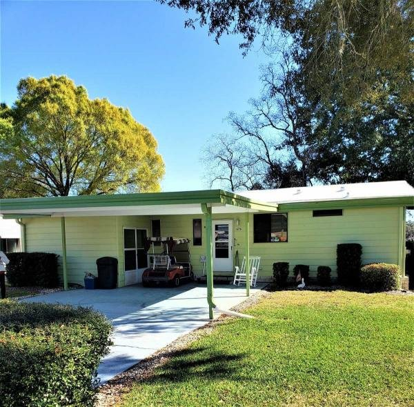 Mobile Home at 676 Cedar Lane, Lady Lake, FL