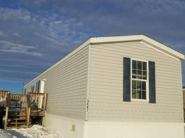 Mobile Home at 3205 24th Ave W, Williston, ND