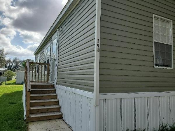 2019 Live Oak Homes L2403C Manufactured Home