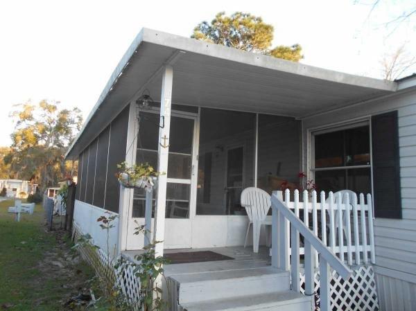 Mobile Home at 5431 NE 35 ST LOT 74 SILVER SPRINGS, FL 34488, Silver Springs, FL