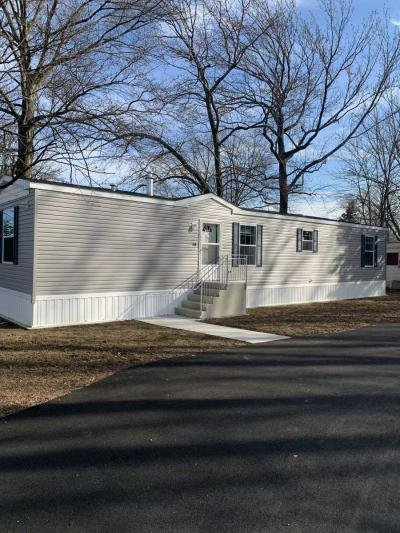Mobile Home at 54 Sam's Mobile Home Court Hazlet, NJ