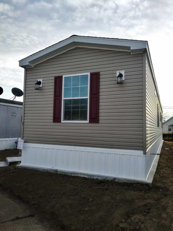 Mobile Home at 7 Locust Grove, Hazlet, NJ