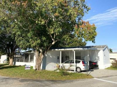 Mobile Home at 371 N four season Rd Palm Beach Gardens, FL 33410