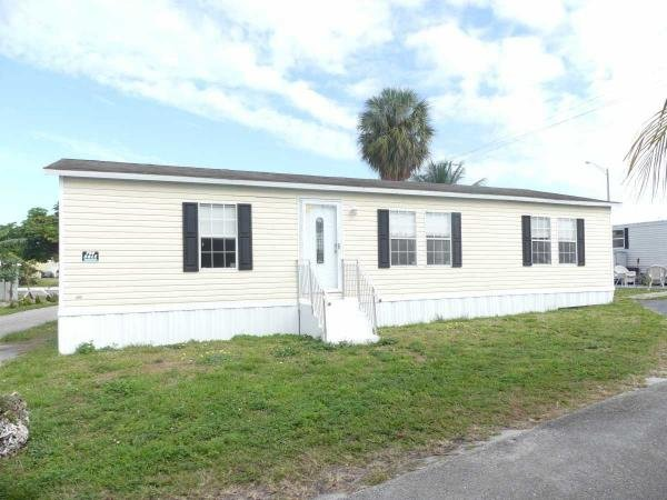 Mobile Home at 6356 N.E. 11 Ave, Fort Lauderdale, FL