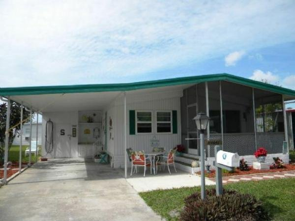 Mobile Home at 16632 Camelia Drive, Fort Myers, FL