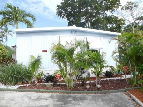 Mobile Home at 841 N.E. 63 St, Fort Lauderdale, FL