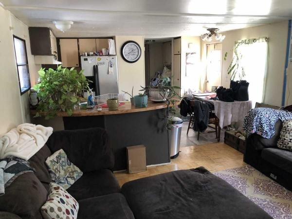 Mobile Home at 14 Standish Lane, Hereford, PA