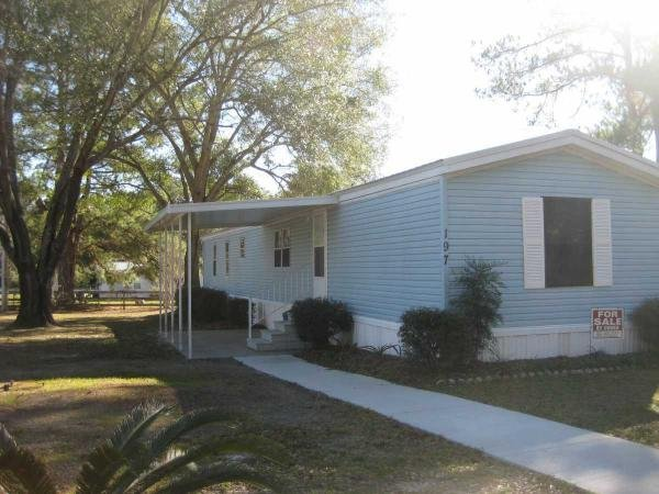 Mobile Home at 197 SW Woodberry Court, Lake City, FL