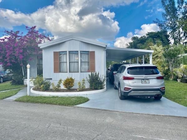 Mobile Home at 5381 SW 33rd Street, Davie, FL