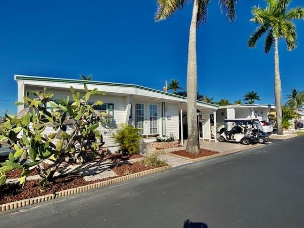 Mobile Home at 3333 Florida Street, Hollywood, FL