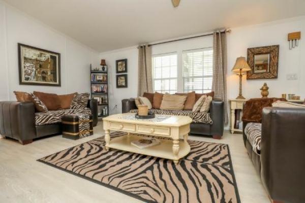 Mobile Home at 11300 Rexmere Blvd, #64/12-PL, Fort Lauderdale, FL