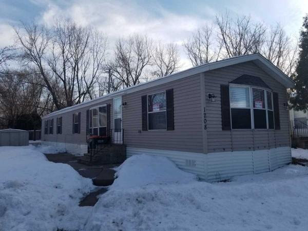 Mobile Home at 1208 104th Ave Ne, Blaine, MN