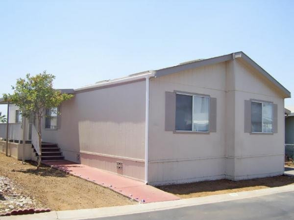2000 Fleetwood Mobile Home For Rent