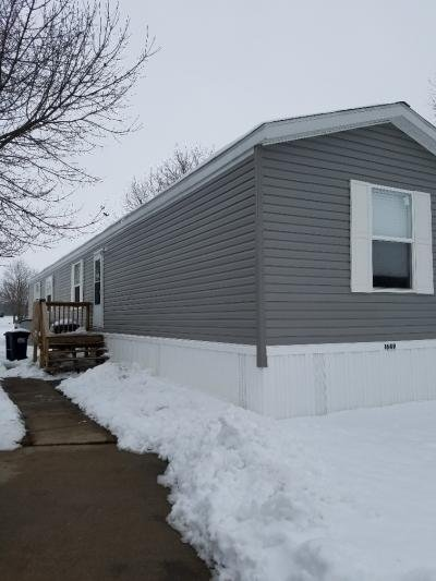 Mobile Home at Apache Drive Marion, IA 52302