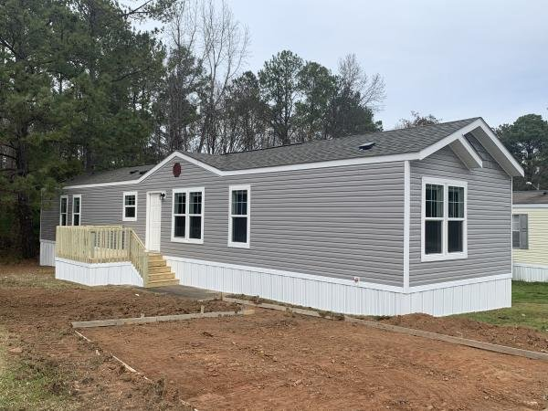Mobile Home at 9401 Wilson Blvd Lot #397, Columbia, SC