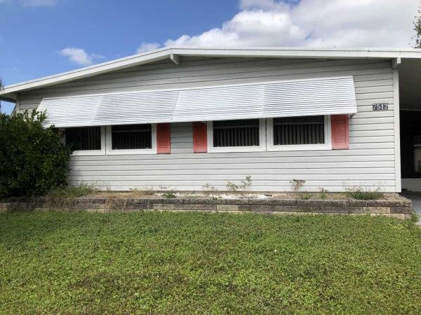 Mobile Home at 7512 Queens Way, Ellenton, FL
