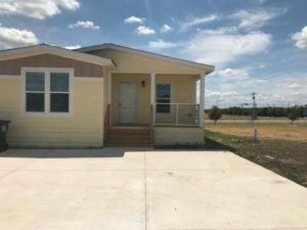 Mobile Home at 124 Reindeer Way, Georgetown, TX