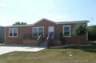 Mobile Home at 7460 Kitty Hawk Road Site 274 Converse, TX