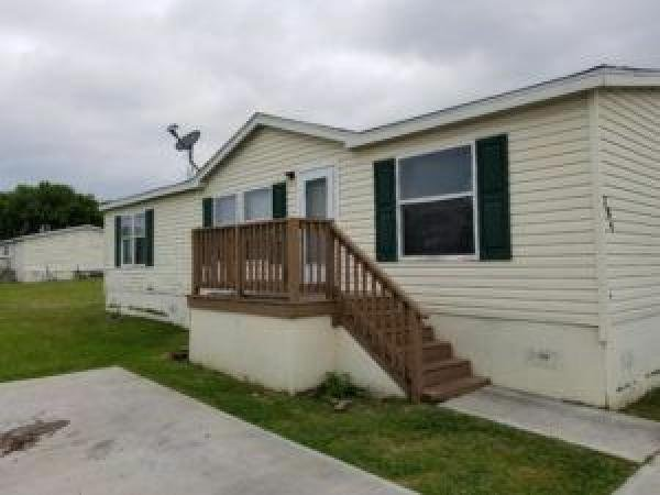 Mobile Home at 284 Horseshoe Bend Road, San Marcos, TX