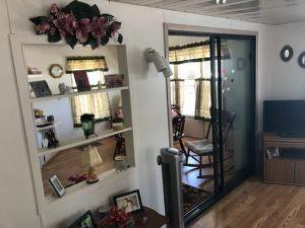 Mobile Home at 37524 Gadabout Lane, Zephyrhills, FL