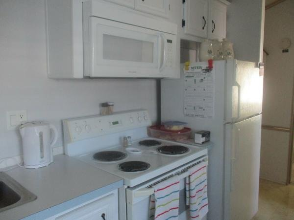 1998 CHRT Mobile Home For Sale
