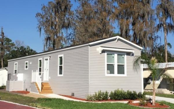Mobile Home at 165 Durham Circle, Kissimmee, FL