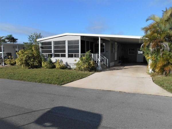 Mobile Home at 284 Valencia Drive, Fort Myers, FL
